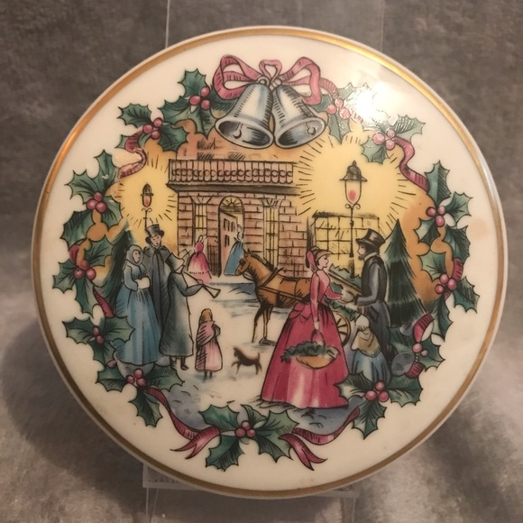 limoges Other - 1982 silver bells porcelain music box limoges